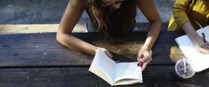 scholarships for women in history major